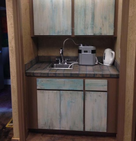 Residential Cabinet Refinishing